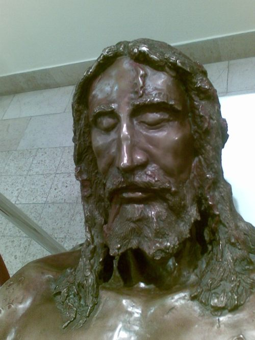 Bronze image of Jesus from shroud notre damme jerusalem-796657