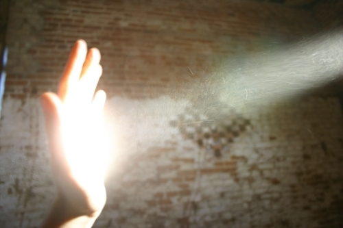 hand-and-light